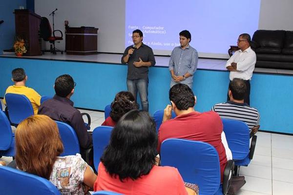 Prefeito Francisco Nagib e o vice Ricardo Tortres reúnem todos os secretários municipais de Codó