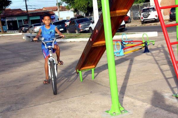 Praças revitalizadas pela Prefeitura de São Luís são opção de lazer nas férias