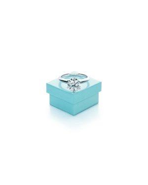 Tiffany&Co. promove o Tiffany Love Stories