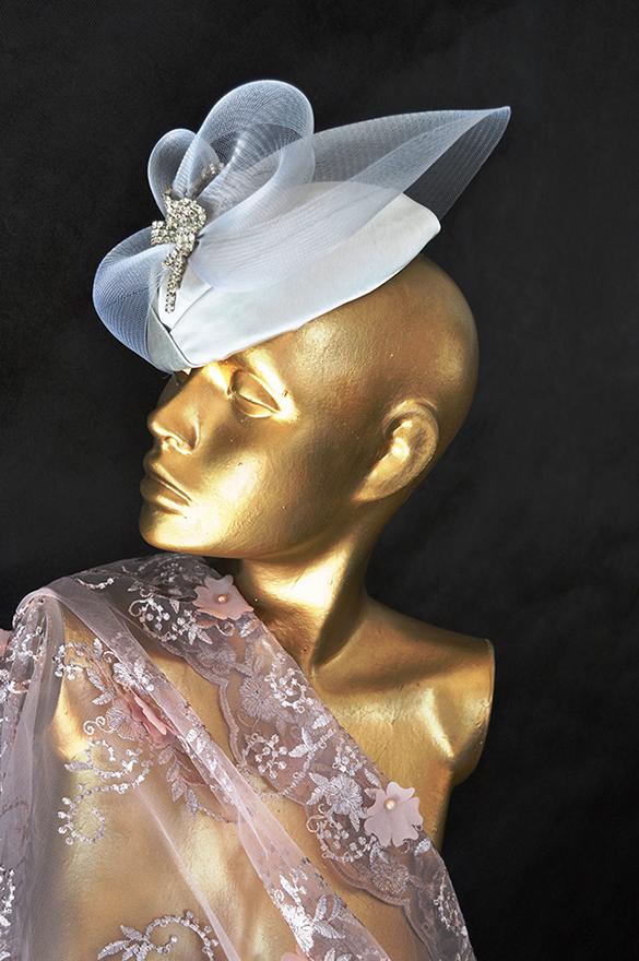 Ateliê Madame Olly cria itens românticos e sofisticados  para resgatar o passado