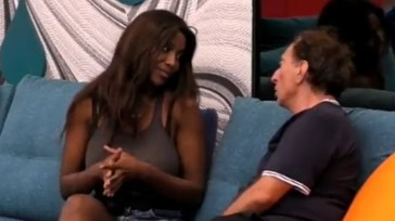 """Diamoci una calmata!"", Ainett Stephens sbotta ma Goria fa orecchie da mercante – VIDEO"