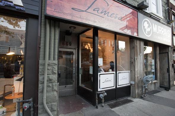 Restaurants Cater Downtown Toronto