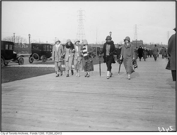 2012417-sunnyside-boardwalk-1924-f1266_it2413.jpg