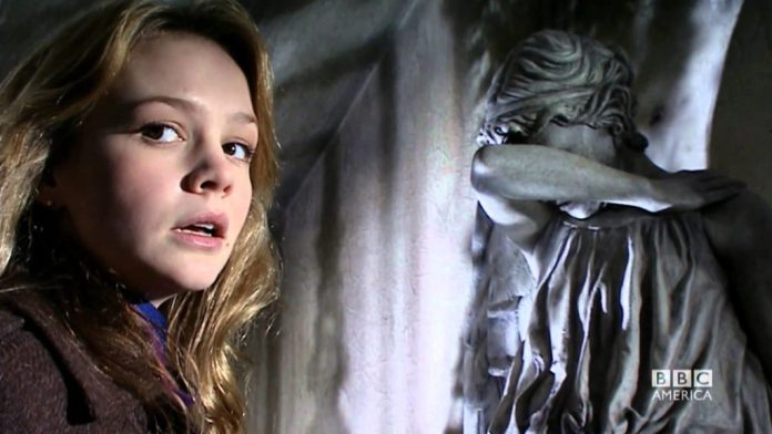 Carey Mulligan as Sally Sparrow in Doctor Who's 'Blink' (c) BBC