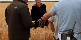 Peter Capaldi and crew on the set of Doctor Who Series 10 (c) BBC