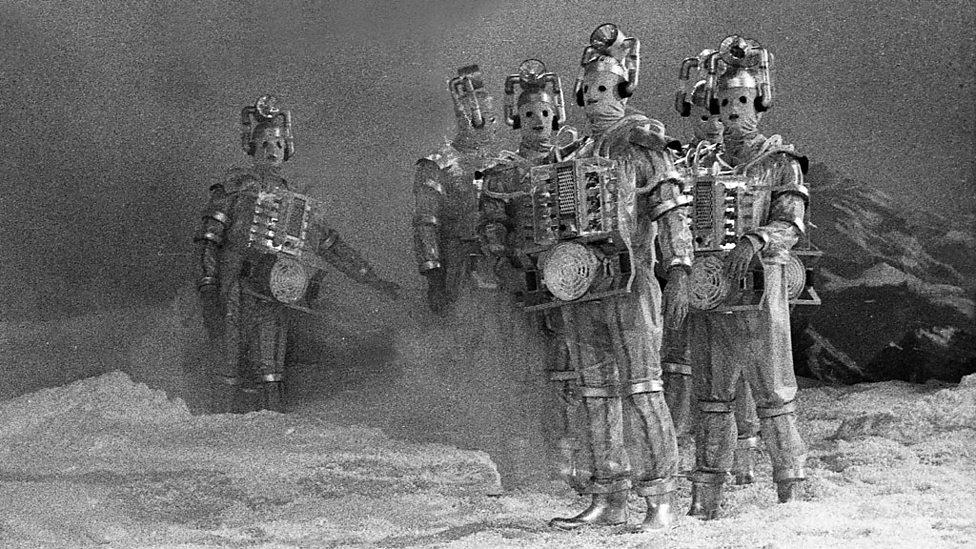 Risultato immagini per cyberman the tenth planet