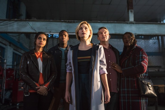 Doctor Who - Series 11 - Episode 1 - Yaz (MANDIP GILL), Ryan (TOSIN COLE), The Doctor (JODIE WHITTAKER), Graham (BRADLEY WALSH), Grace (SHARON D CLARKE) - (C) BBC / BBC Studios - Photographer: Sophie MutevelianDoctor Who - Series 11 - Episode 1 - Yaz (MANDIP GILL), Ryan (TOSIN COLE), The Doctor (JODIE WHITTAKER), Graham (BRADLEY WALSH), Grace (SHARON D CLARKE) - (C) BBC / BBC Studios - Photographer: Sophie Mutevelian