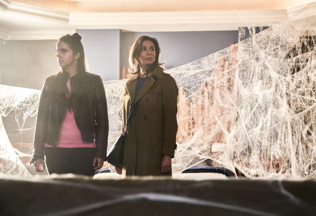 Doctor Who - Series 11 - Ep 4 - Arachnids in the UK - Picture Shows: Yaz (MANDIP GILL), Najia (SHOBNA GULATI) - (c) BBC Studios