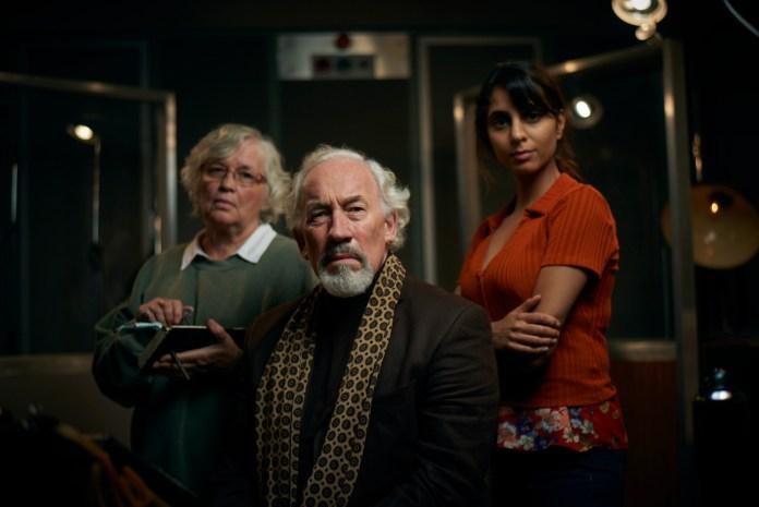 The Dead Room - Joan (SUSAN PENHALIGON), Aubrey (SIMON CALLOW), Tara (ANJII MOHINDRA) - (C) Adorable Media - Photographer: Steve Schofield