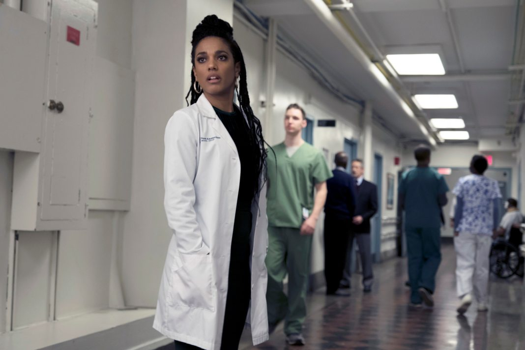Freema Agyeman as Dr. Helen Sharpe in New Amsterdam (c) NBC