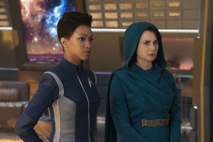 Point of Light sees Spock's mother Amanda (Mia Kirshner) boards the Discovery to seek Burnham's (Sonequa Martin-Green) help in locating her lost son (c) CBS Interactive