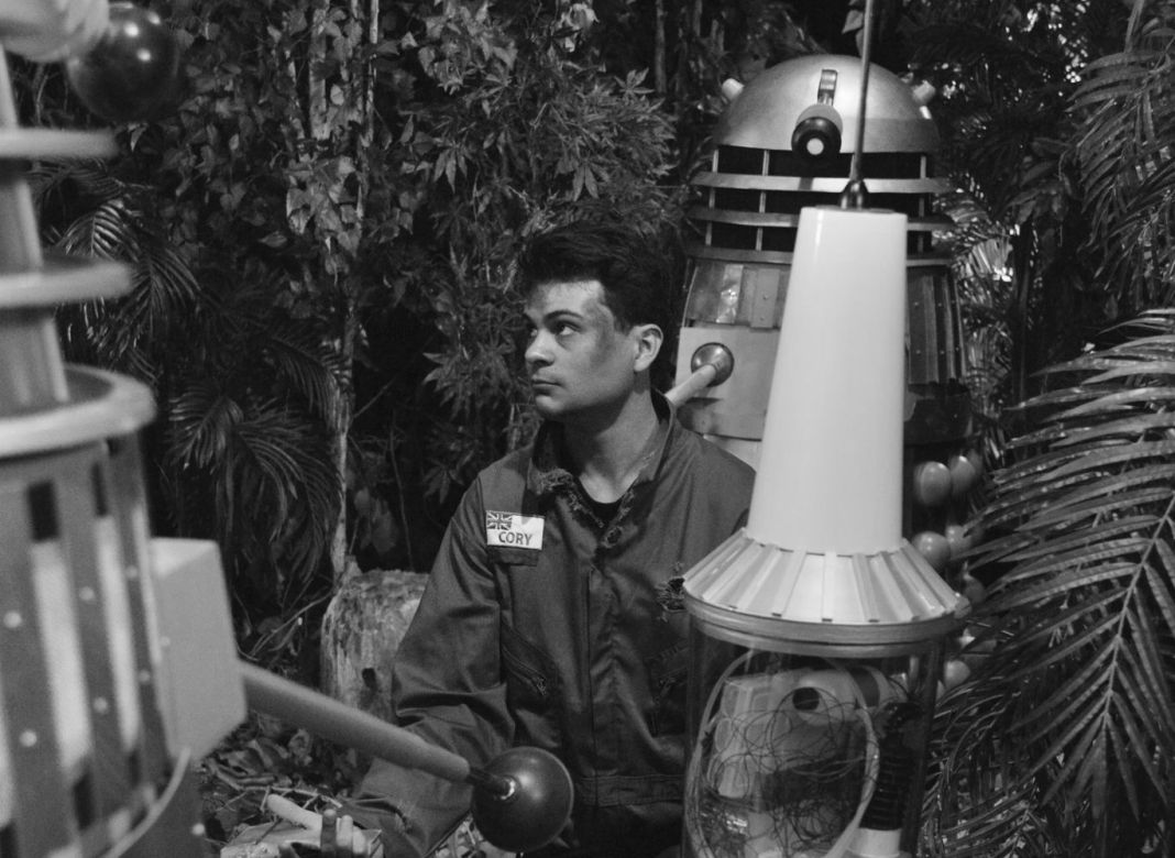 Space Security Agent Marc Cory (Marco Simioni) desperately tries to warn Earth about impending Dalek invasion