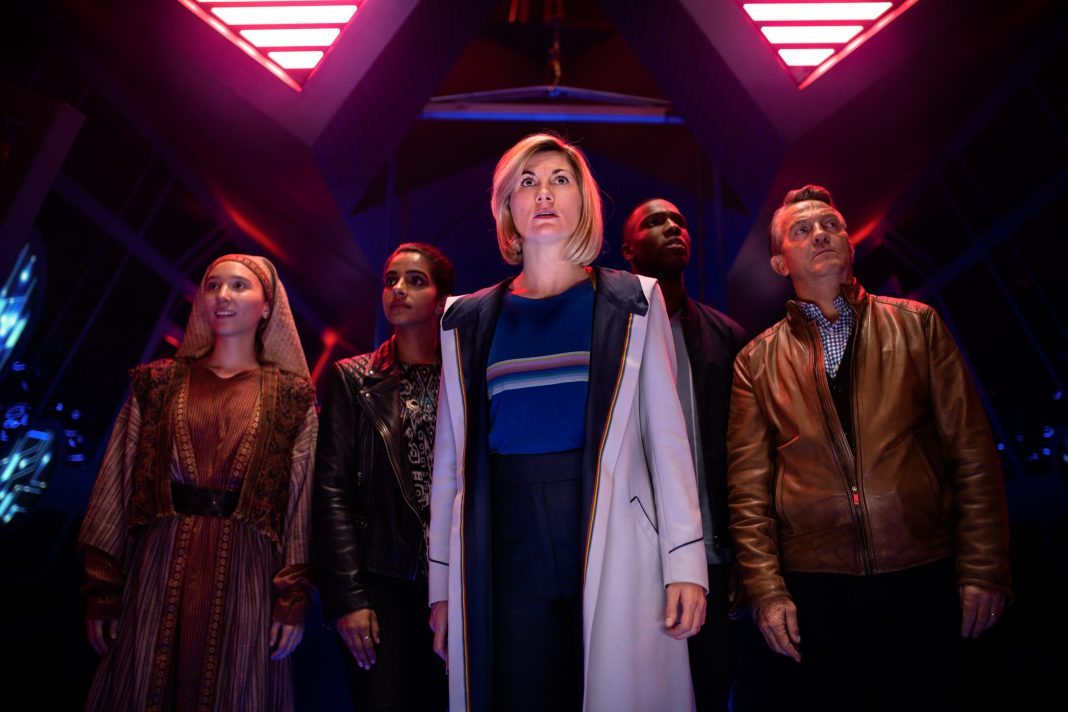 Doctor Who - Can you hear me? S12E07 - Tahira (ARUHAN GALIEVA), Yaz (MANDIP GILL), The Doctor (JODIE WHITTAKER), Ryan (TOSIN COLE), Graham (BRADLEY WALSH)