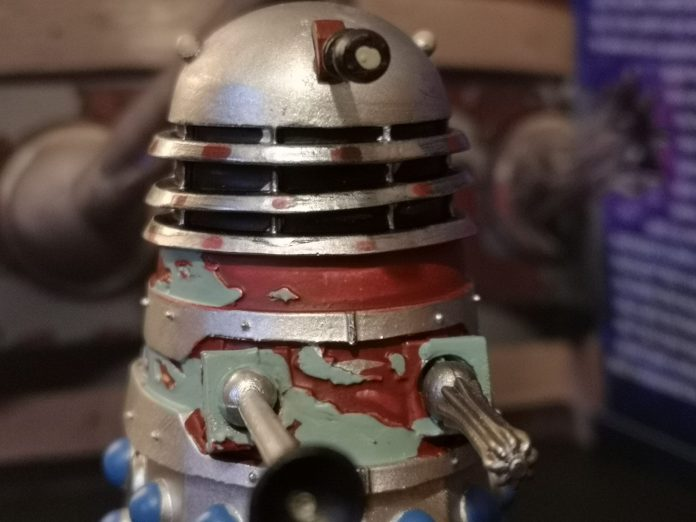 Every rust patch and scar on the Dalek Strategist shell is recreated in incredible detail c) Blogtor Who Doctor Who Time Lord Victorious DALEKS!