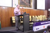 Dr. Henrique Neves, diretor geral da Sociedade Israelita Albert Einstein fala da mudança no atual cenário da informação. Foto: Alex Nunes