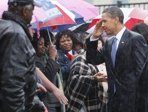 Obama091109Salute