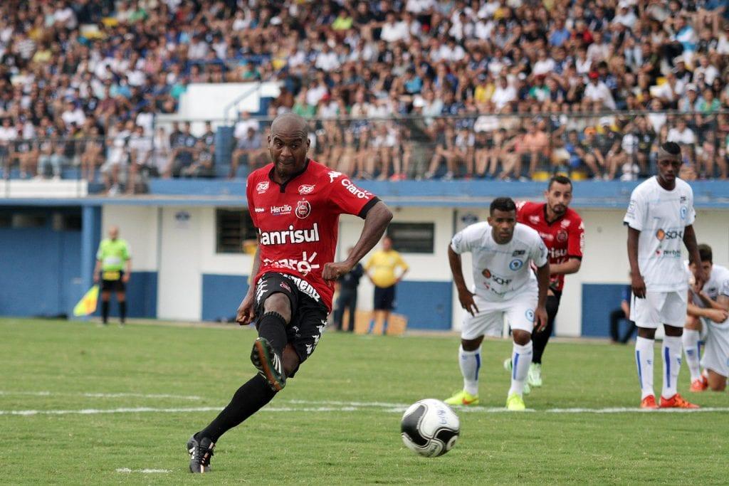 Empate e gols perdidos em Vacaria