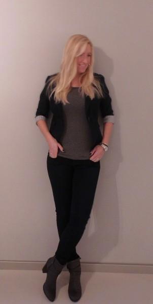 ootd-outfit-dark-blue-grey-donkerblauwe-broek-en-colbert-en-donkergrijs-4