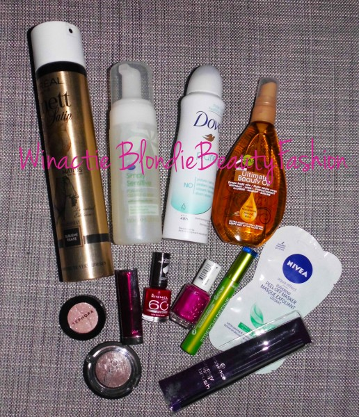 winactie-november-2013-blondiebeautyfashion
