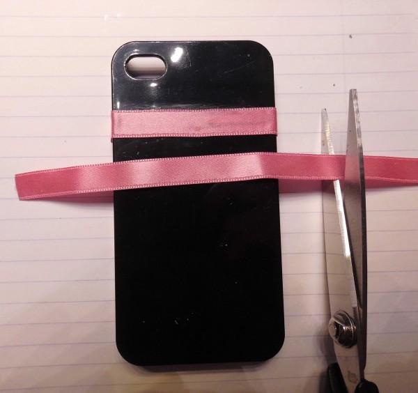 DIY-telefoonhoesje-maken-2