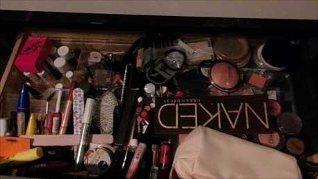 organize-makeup-stash-voor