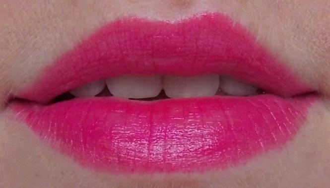 miss-sporty-instant-lip-colour-shine-011-bubble-pop-3