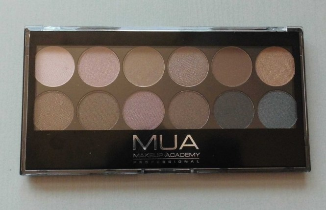 Review-MUA-Undress-eyeshadow-palette-2