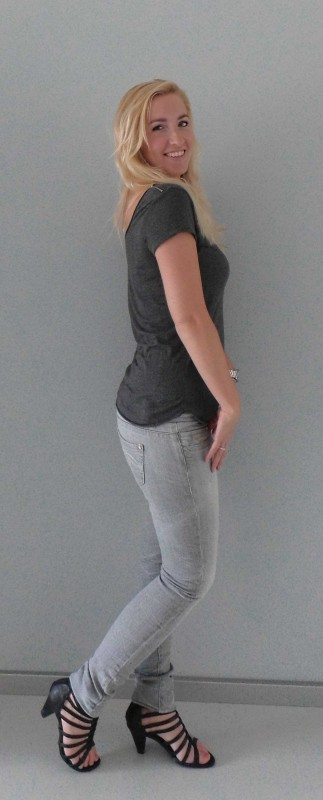 OOTD-outfit-of-the-day-grey-grijze-jeans-shirt-bershka-gladiator-heals-hakken-sexy-stoer-daytime-overdag-2
