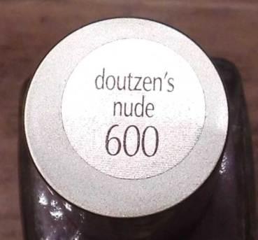 NOTD-nagels-L'Oréal-Collection-Privee-Doutzen-Nude-nailpolish-nagellak-review-3