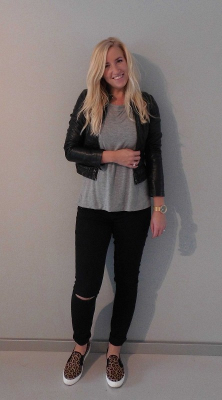 OOTD-outfit-of-the-day-jeans-knee-cut-black-forever-21-leopard-slip-ons-sasha-shirt-sting-black-leather-jacket-zara-zwart-leren-jasje-stoer-casual-ripped-jeans-12