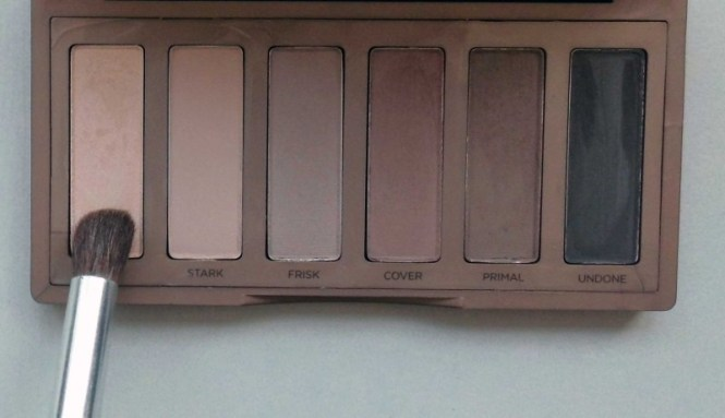 Trend-look-tutorial-herfst-2014-New-Nude-Urban-Decay-Naked-the-basics-2-palette-2