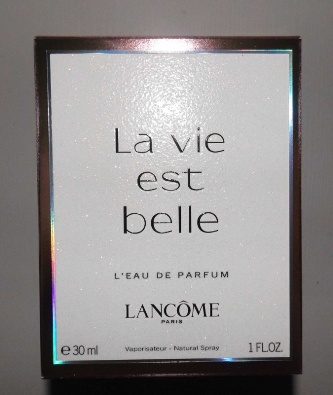 Lancome-La-Vie-est-Belle-review-blondiebeautyfashion-parfum-2