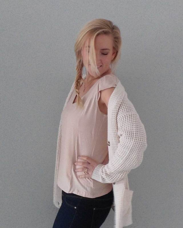 OOTD-outfit-beige-nude-stoer-soft-casual-boots-H&M-bershka-zara-2
