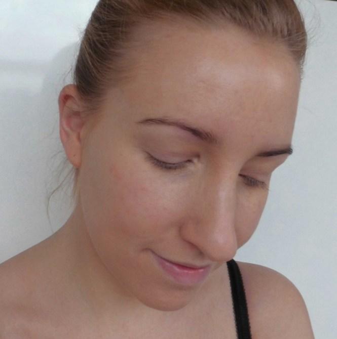 Review-Maybelline-Dream-Satin-Liquid-foundation-8