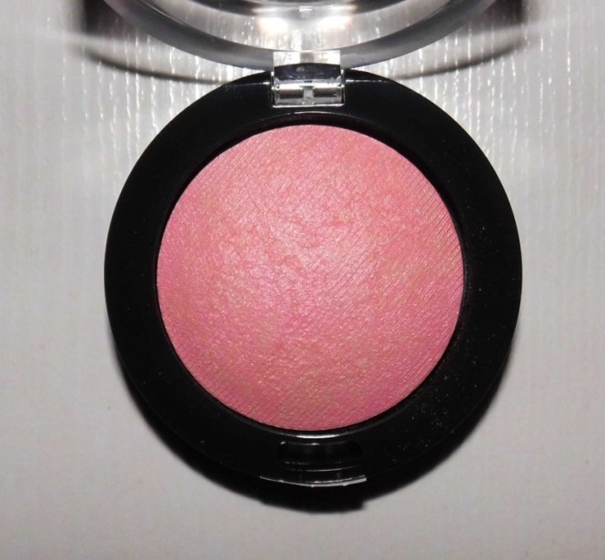 Review-max-factor-creme-puff-blush-in-05-lovely-pink-dupe-hourglass-ambient-lighting-blush-3