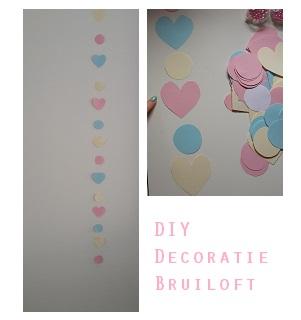 DIY decoratie bruiloft budget hartjes gordijn foto 2