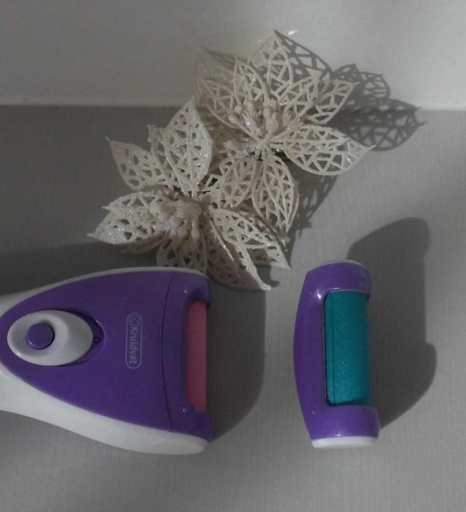 review-kruidvat-elektrische-hard-huidverwijderaar-eelt-verwijderen-makkelijk-snel-test-Veet-eeltverwijderaar-4