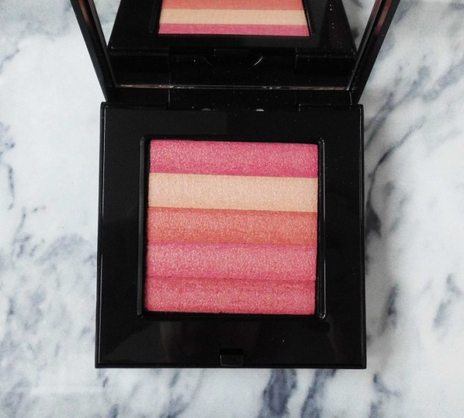 Review-Bobbi-Brown-Shimmer-Brick-in-Nectar-swatch-test-glow-highlighter-3