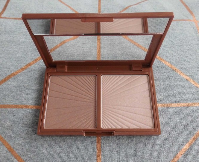 Review-W7-Hollywood-Bronze-Glow-palette-dupe-Charlotte-Tilbury-Filmstar-bronze-glow-4