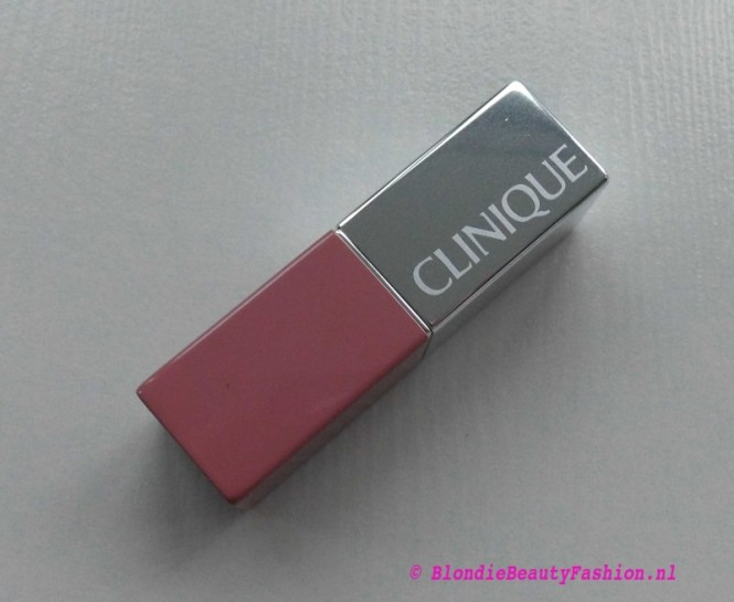 Review-Clinique-Pop-Lipstick-in-01-Nude-Pop-3