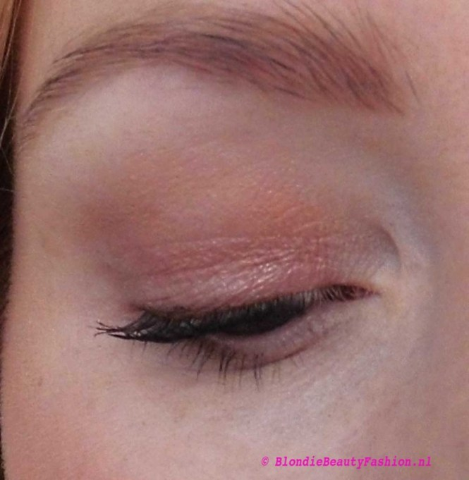 Review-Stila-Eyes-Are-The-Windows-Soul-palette-blondiebeautyfashion-test-look-9