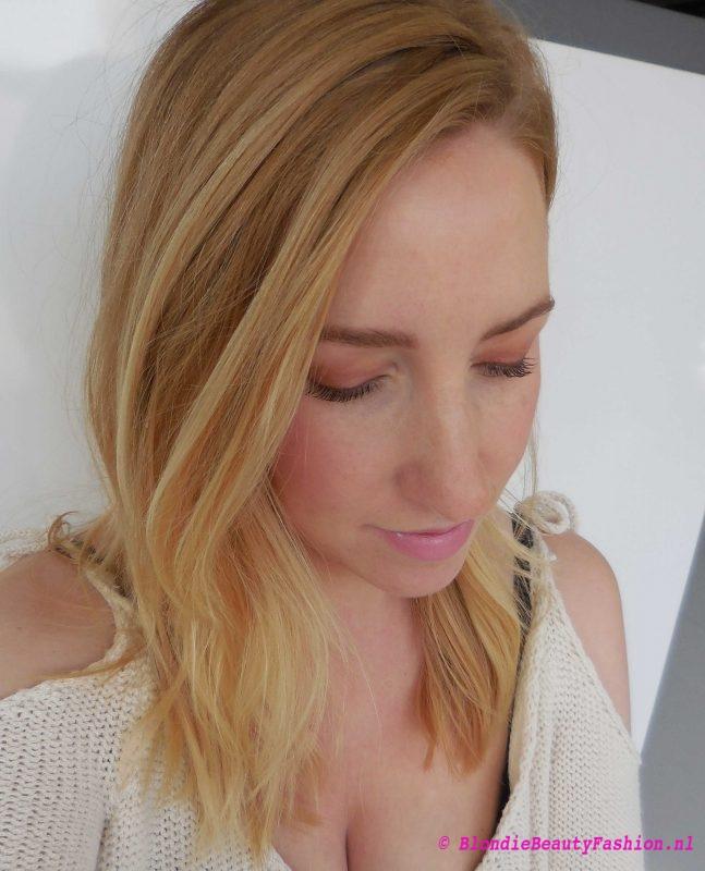 Review-Rimmel-by-Kate-highlight-contour-blush-palette-en-magnif'eyes-6