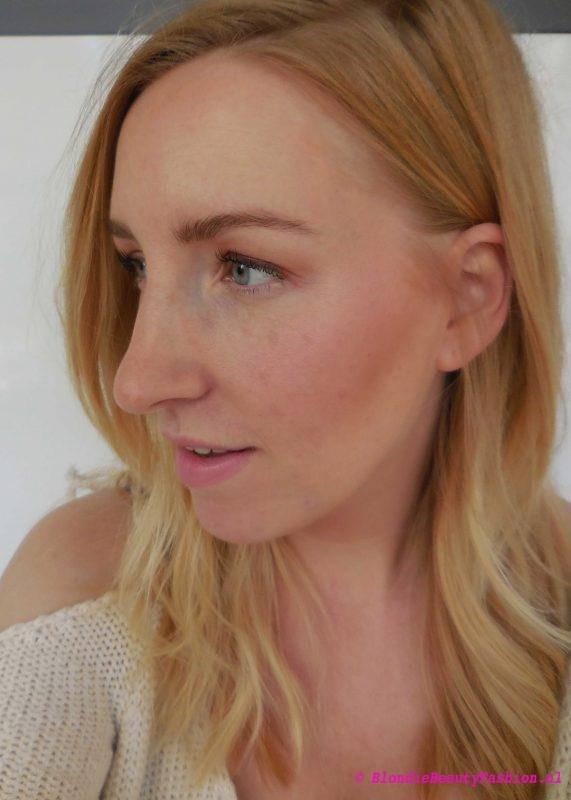 Review-Rimmel-by-Kate-highlight-contour-blush-palette-en-magnif'eyes-7