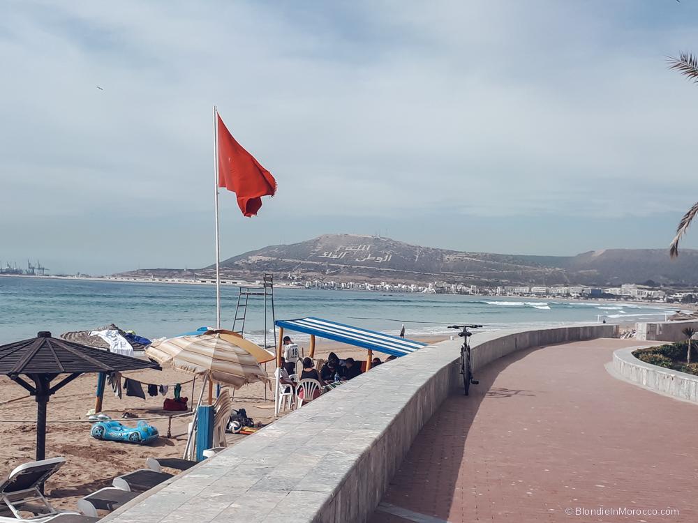 agadir-morocco-beach-flag
