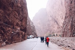 Todra gorge todhra Todgha mountains morocco people