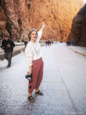 Todgha-gorge-morocco-girl