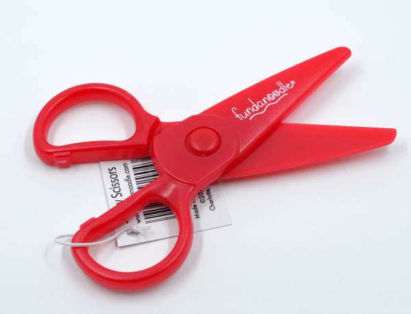 Fundanoodle Safety Scissors are perfect for right or left hand use. They only cut paper, so you don't have to worry about unwanted hair cuts or ruined clothes.