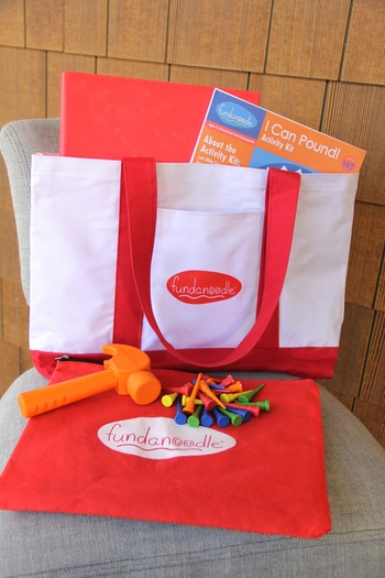 Build strong hand muscles with the I can Pound activity kit. Developing and improving motor skills has got even more fun!