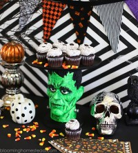Halloween Cake Plate & Haunted Night Halloween Pumpkin ...