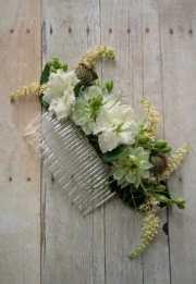 simple diy wedding flower hair